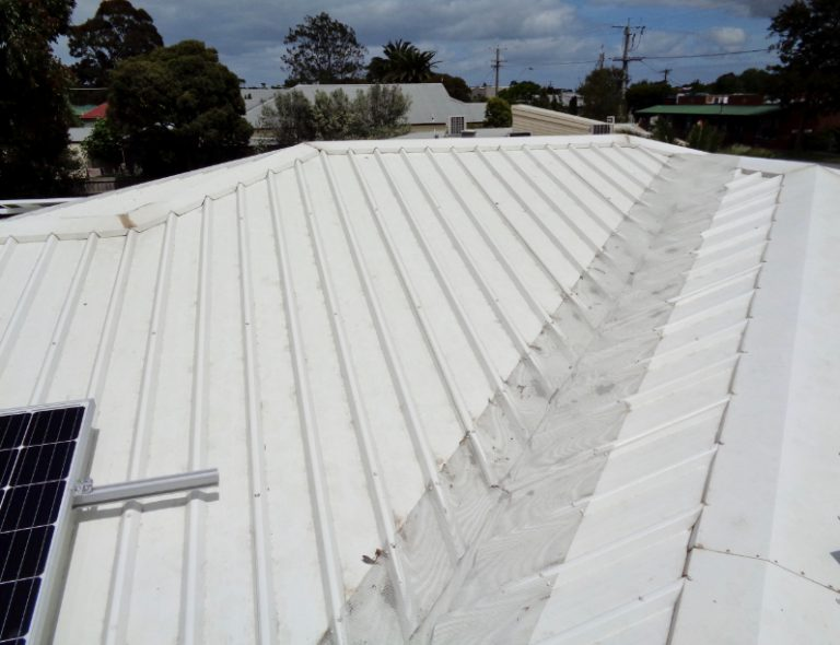 Soft Wash roof after cleaning Sunshine Coast